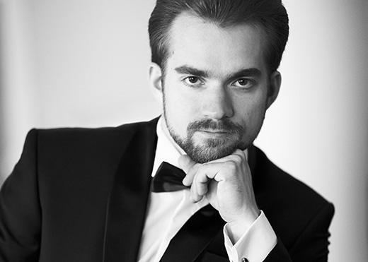 пианист Андрей СТУКАЛОВ